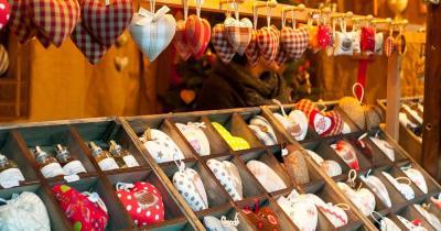 Weihnachtsmarkt Colmar - Weihnachtsherze am Weihnachtsmarkt