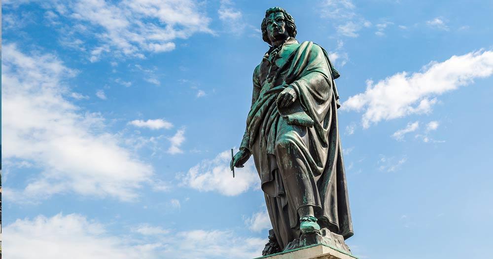 Salzburg - Statue von Wolfgang Amadeus Mozart