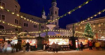 Salzburger Christkindlmarkt - Abendlicher Weihnachtsmarkt in Salzburg