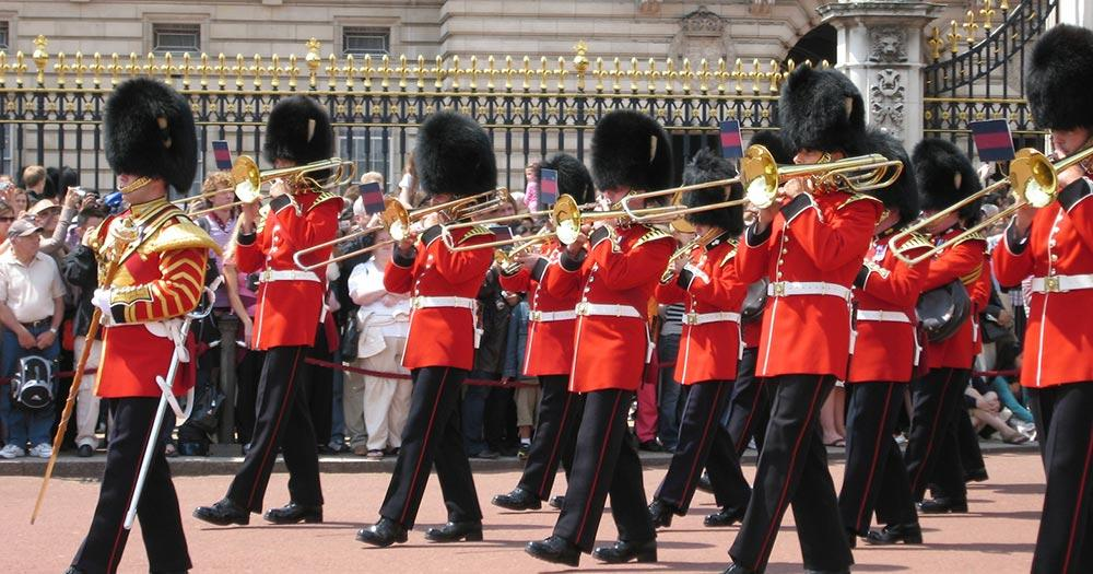 London - Changing of the Guards vor dem Buckingham Palace