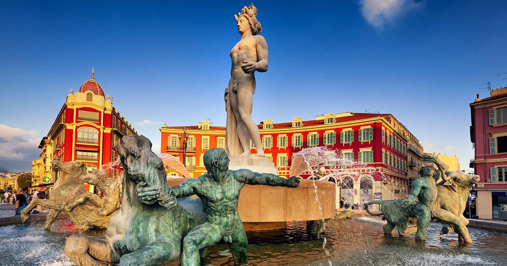 Côte d'Azur - Brunnen am Place Massena