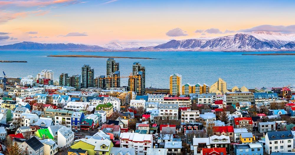 Island - Blick auf das Hafenbeck von Reykjavik