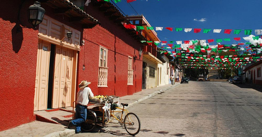 Baja California - Typische Straße in Mexico