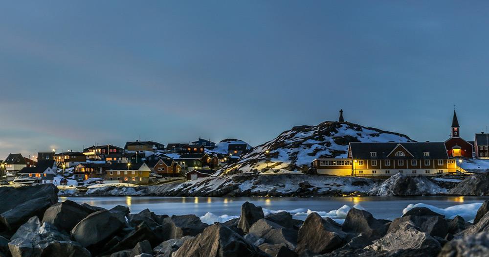 Nuuk - Der alte Seehafen im Sonnenuntergang