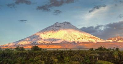Quito - Blick auf den Cotopaxi Vulkan