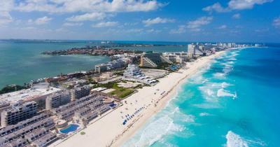 Isla Mujeres -  Drohnenflug über Cancun