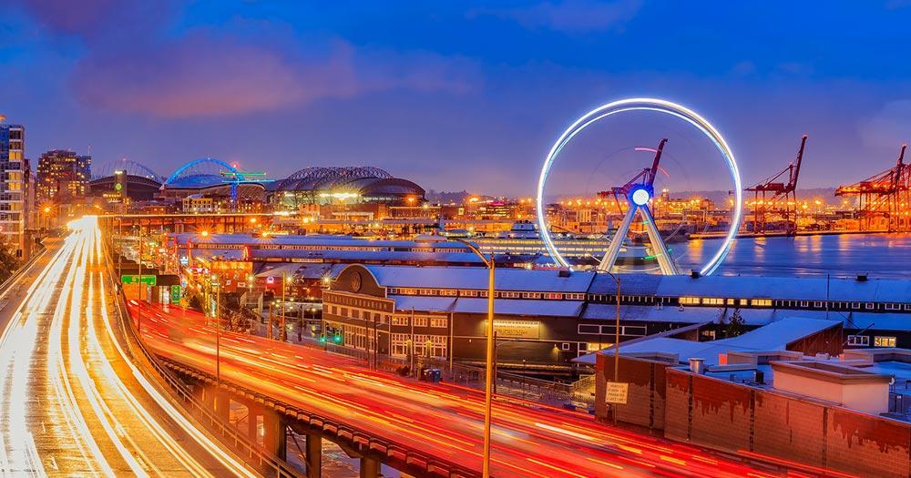 Seattle - Uferpromenade am Abend