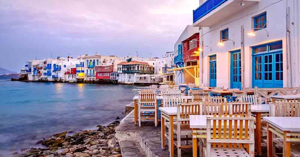 Mykonos - Blick auf die Häuser und das Meer