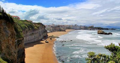 Biarritz - Felsen am Strand