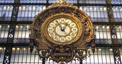 Musée d'Orsay - goldene Uhr