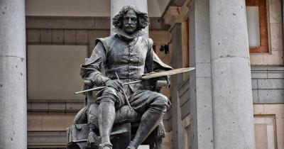 Museo del Prado - Statue von Cervantes