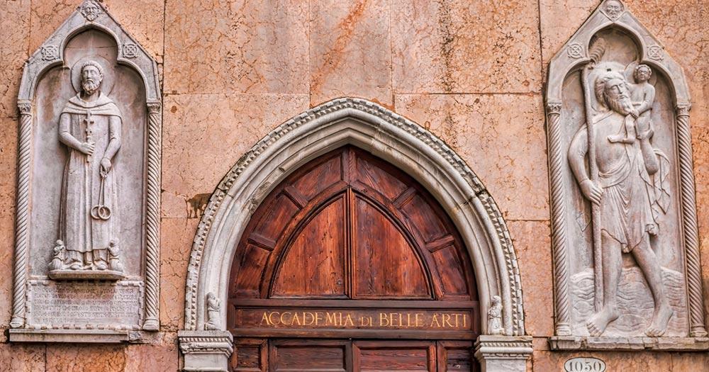 Accademia - Portal