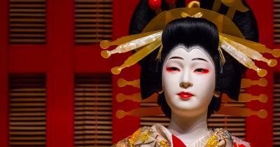 Nationalmuseum Tokio - Puppe mit traditioneller Tracht