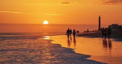 Maspalomas - Strandspaziergang im Sonnenuntergang