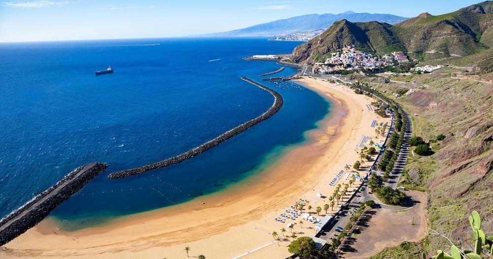 Santa Cruz de Tenerife - Blick auf Las Teresitas Beach