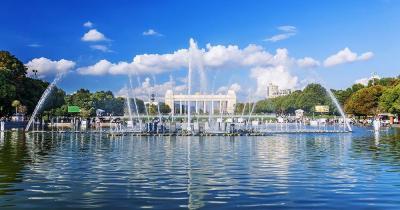 Gorki-Park - Teich mit Springbrunnen