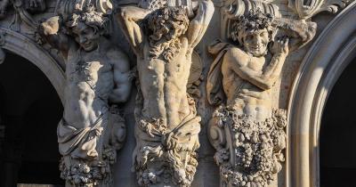 Dresdner Zwinger - Barock Skulpturen