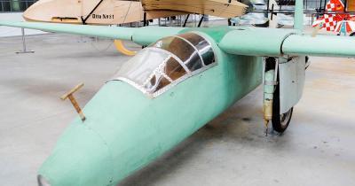 Militärhistorisches Museum Dresden - historisches Flugzeug