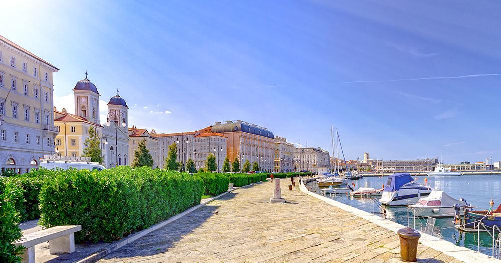 Triest - Hafenpromenade