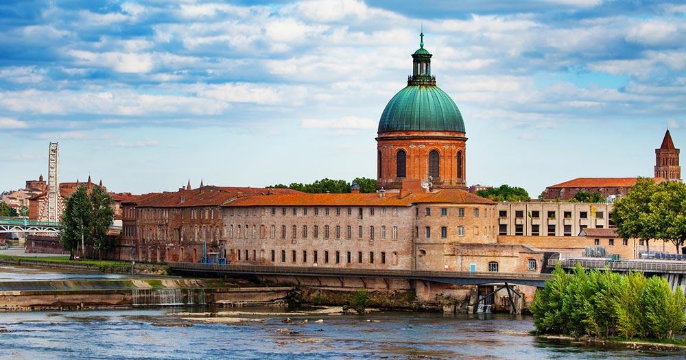 Toulouse - Garonne und Hopital de la Garve