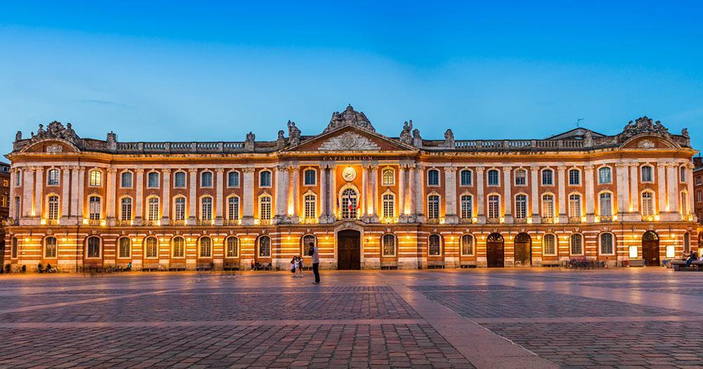 Toulouse -Le Capitole le soir