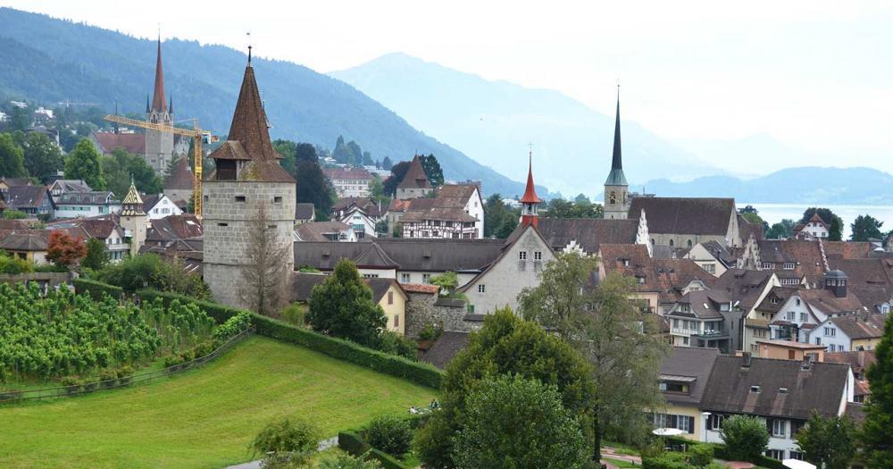 Zug - Blick auf die Burg