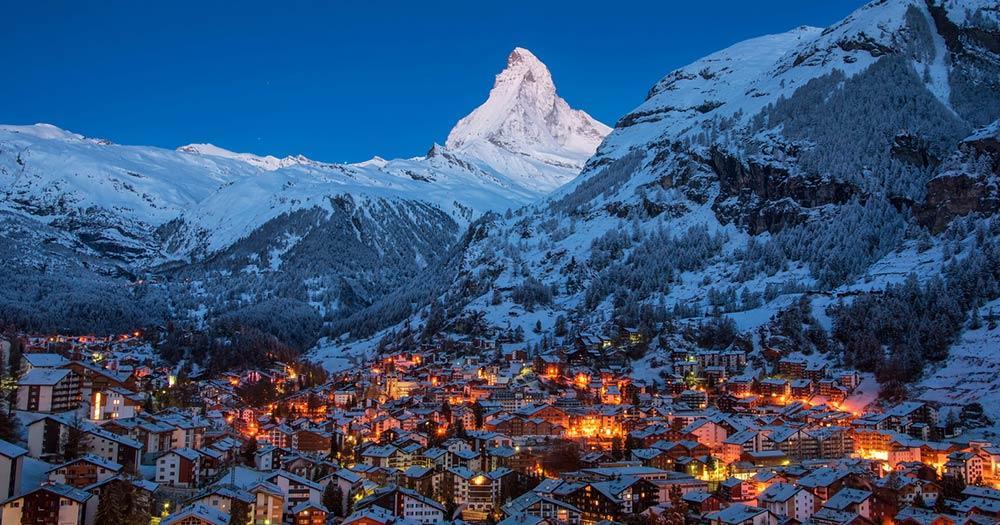 Zermatt - Stadt im abendlichen Licht